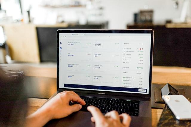 8 métriques à surveiller sur votre site pour augmenter vos conversions